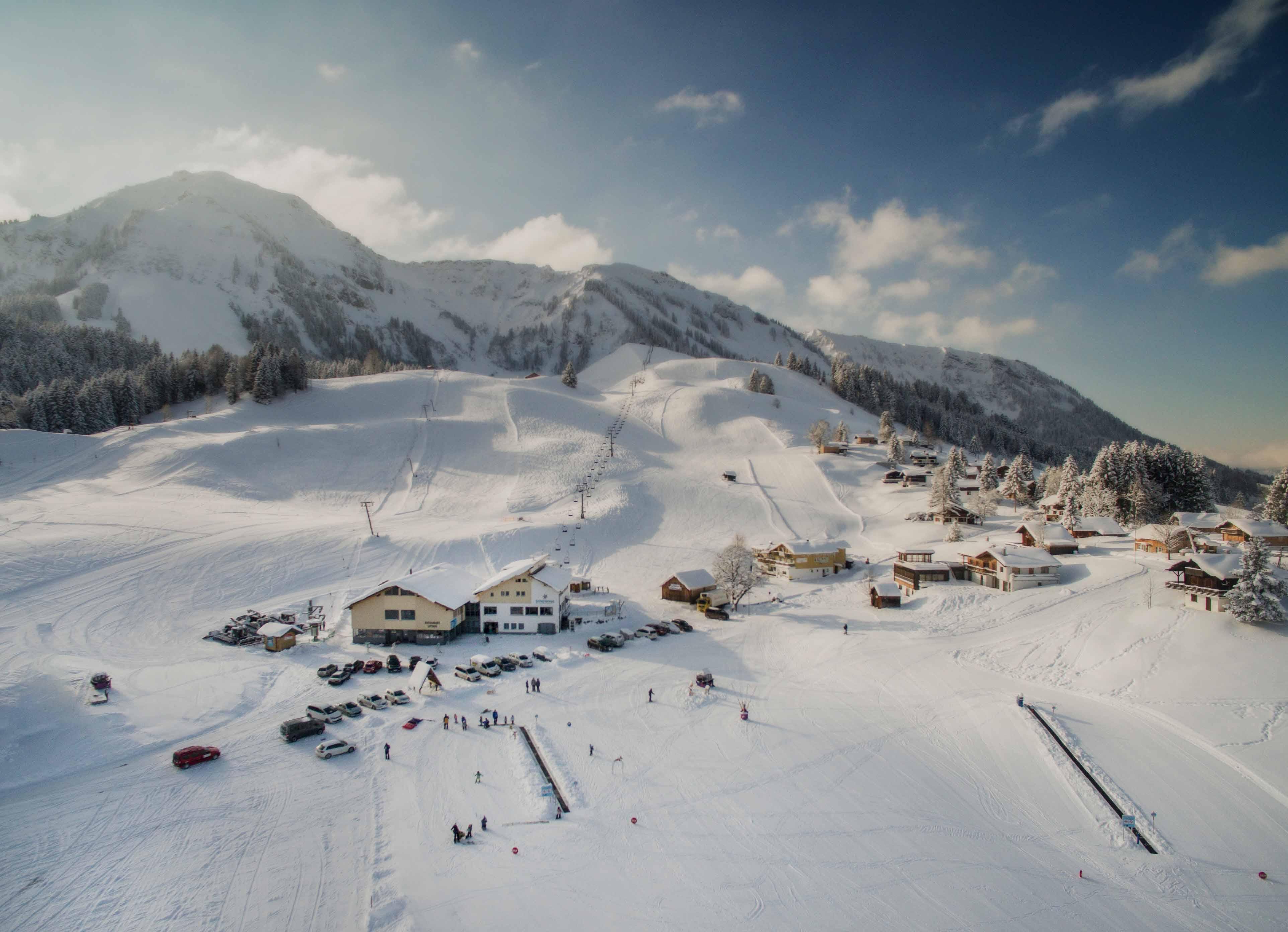 Familiensporttag mit susanne moll und balthasar schneider for Designhotel skigebiet